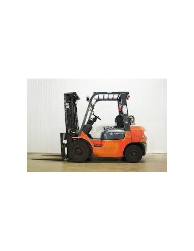"""FORKLIFT - 5 TO 6 TONS CAPACITY 15'9""""..."""
